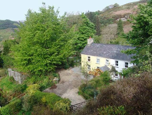 Stunning cottage in forest estate - Pont-rhyd-y-groes