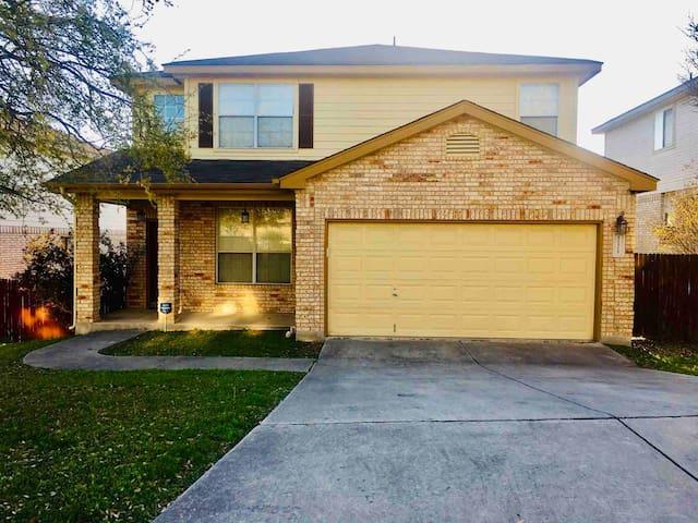 Suburban Home in San Antonio