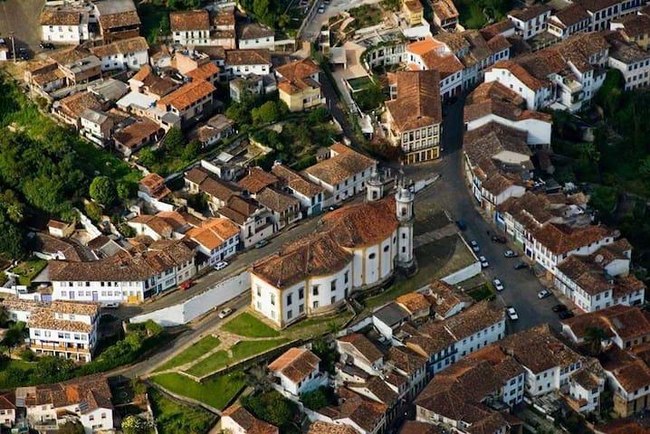 CASA CHARMOSA NO CENTRO HISTÓRICO - Ouro Preto - Hus