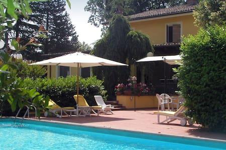 Marcheshire delightful villa - Fratte Rosa