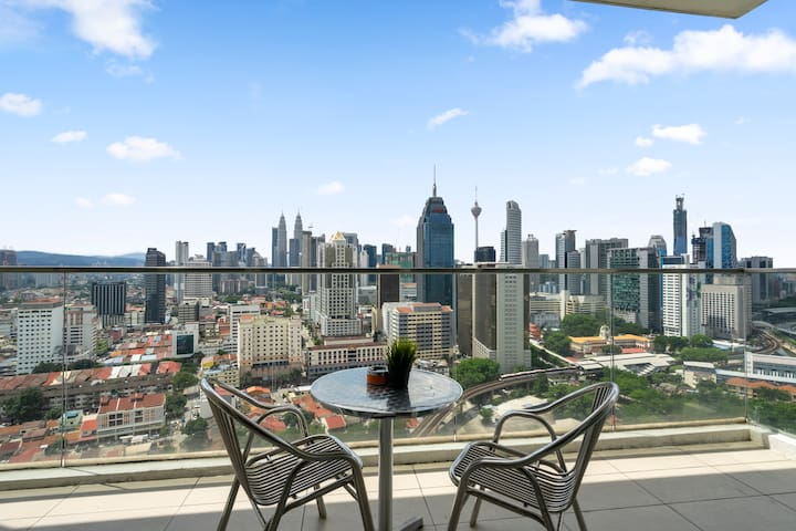 (A) Individual Room with Amazing KLCC View