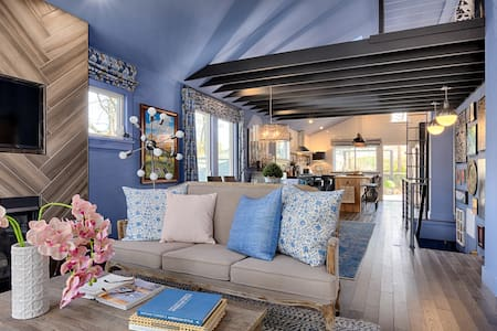 HGTV's Urban Oasis Luxury Bungalow of Asheville - アシュビル - 一軒家