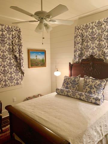 Downstairs #1 queen bedroom