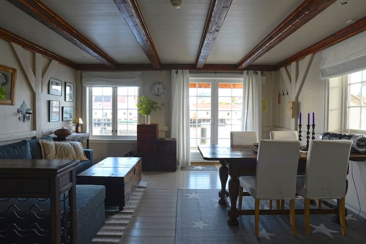 Elegant apartment in Henningsvær - Henningsvær - Apartment
