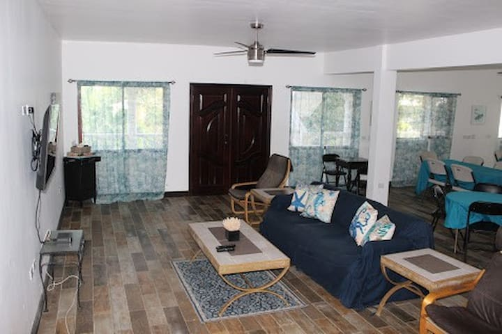 Zion Hill Retreat - Group Suites
