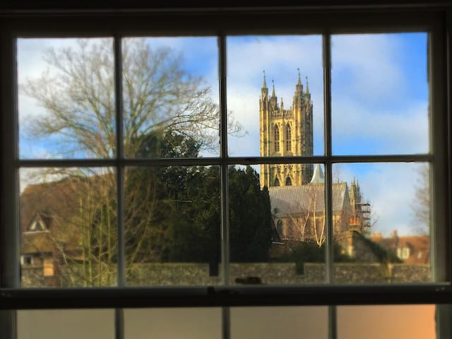 Cathedral View, Canterbury