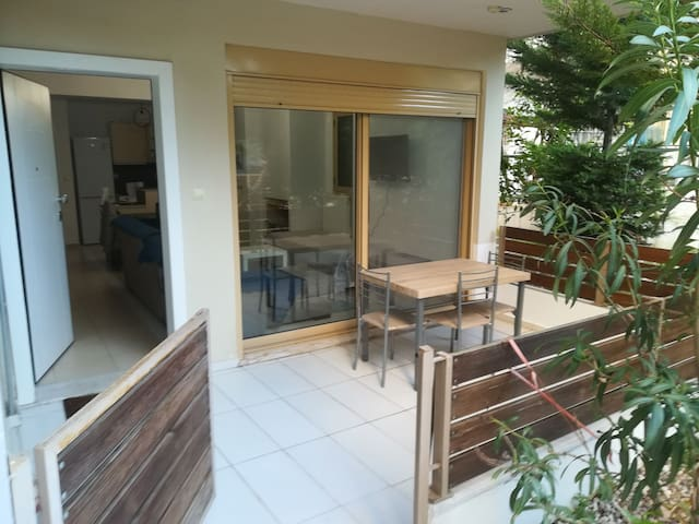 Xenios Apartment, 3 min. from Ygeia Hospital