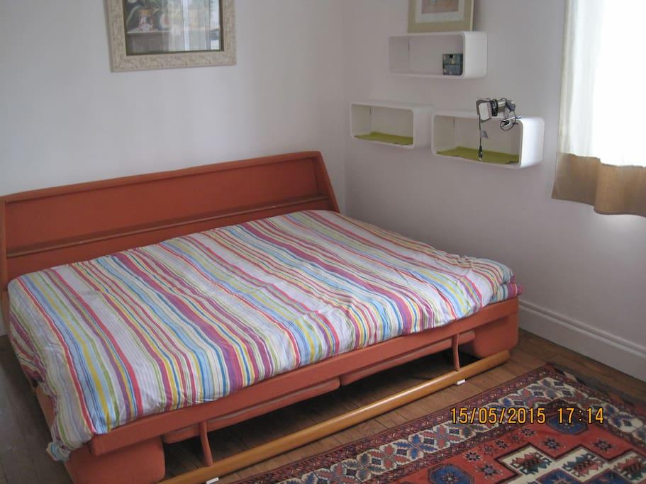 Chambre dans maison de ville jardin maisons louer for Chambre de commerce biarritz