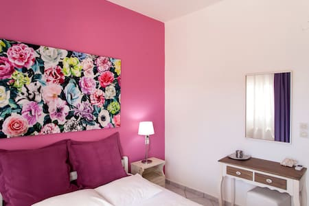 Lovely Butterfly Apartment - Mires - Leilighet