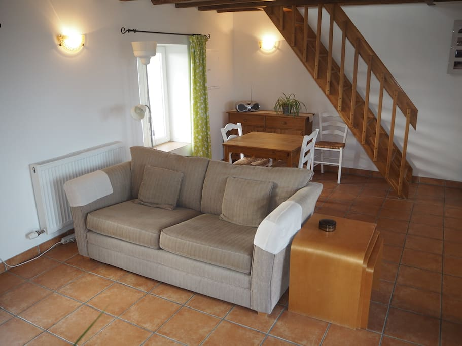 Traditional farm building with pool case in affitto a - Porcherie a letto ...