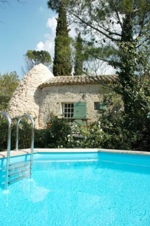 Mazet avec piscine Uzès à Pieds