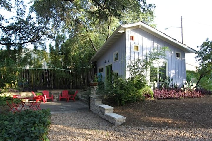 Cozy Casita Near Downtown in SoCo - Austin - Maison