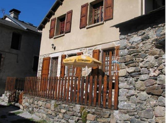Gîte 5 personnes dans village - Meyrueis - Casa