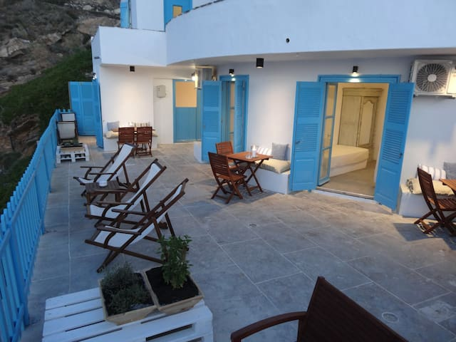 Aegean Eye Premium 3 Person Studio - Kastro - Condomínio