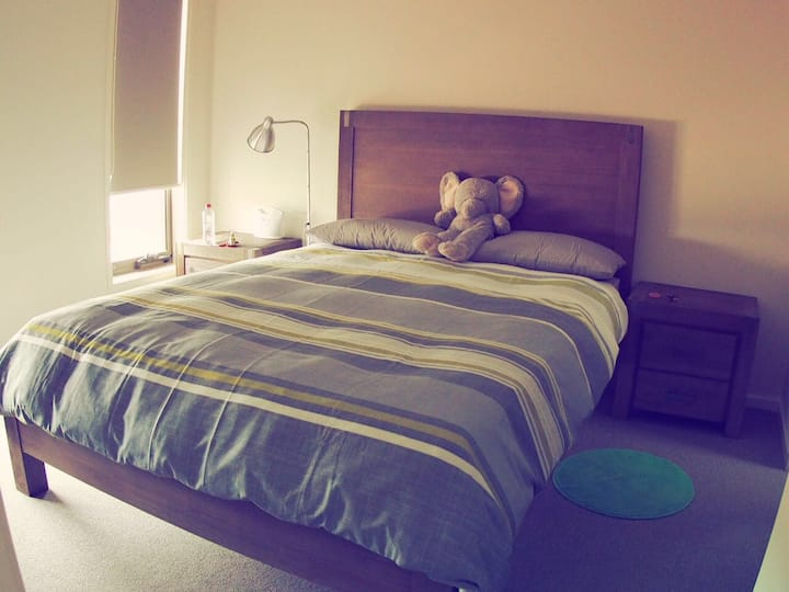 Clean & Comfy Room In A New House