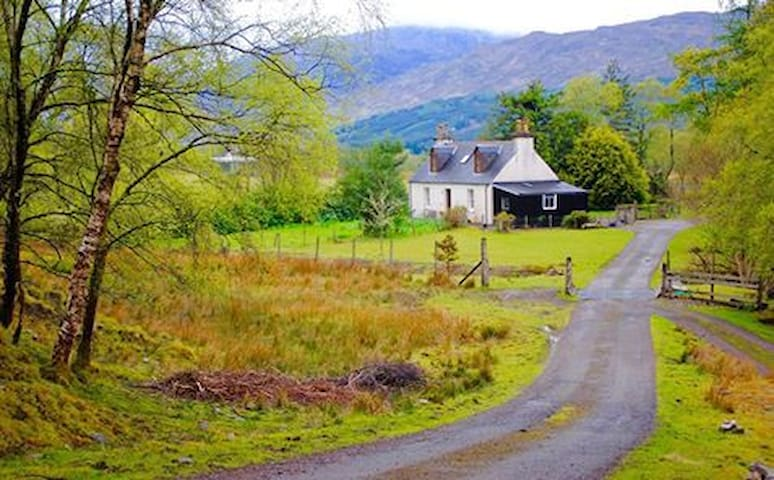 The Old Croft House - Strathcarron - Hus
