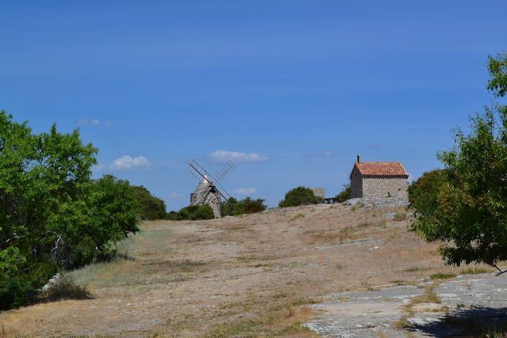 Maison dans village médiéval - Saint-Julien - Rumah