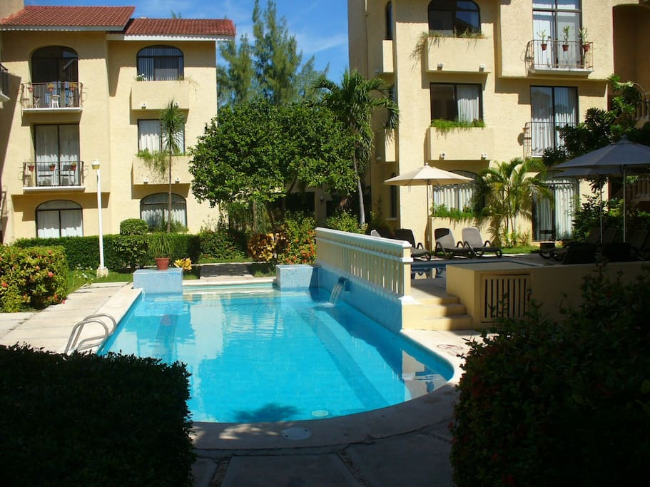 CONDOS WITH POOL AREA