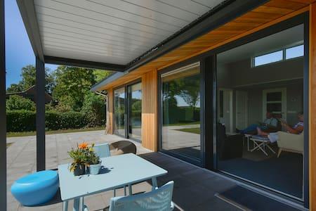Vrijstaande (zorg)woning bij Grevelingenmeer - Zonnemaire