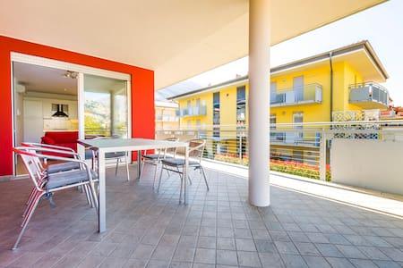 1°piano con terraza  22 - WIFI - Torbole