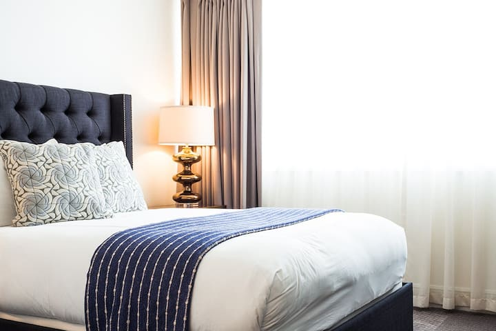 Hotel Ella, Classic Queen Room