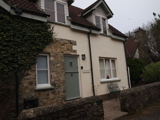 Rose Cottage, Parkham, North Devon - Parkham - Talo