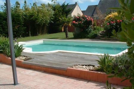 Top 20 ferienwohnungen in cou ron ferienh user for Piscine coueron