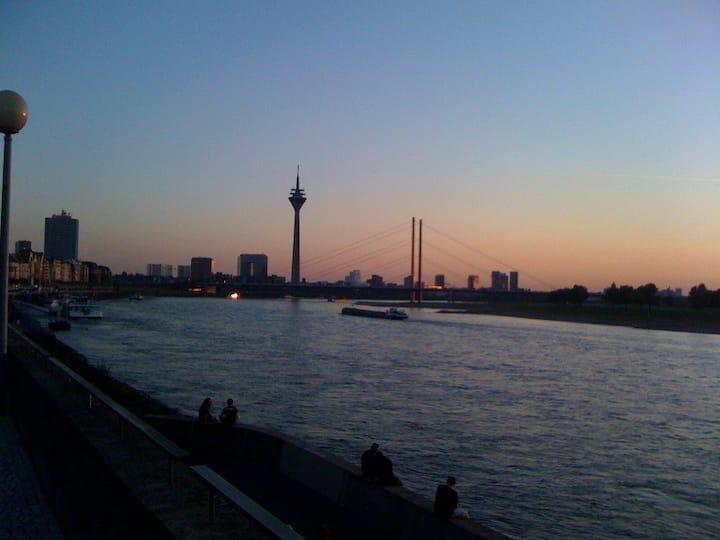 Gemütliche Wohnung in Düsseldorf