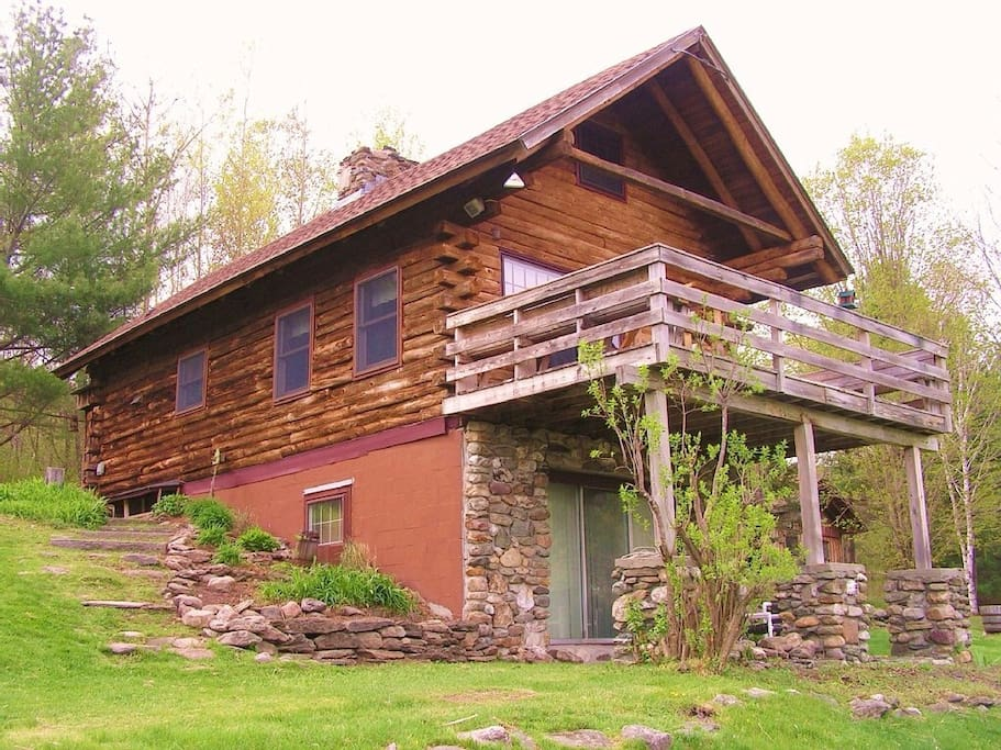 Cozy Log Cabin With Views To Die For..