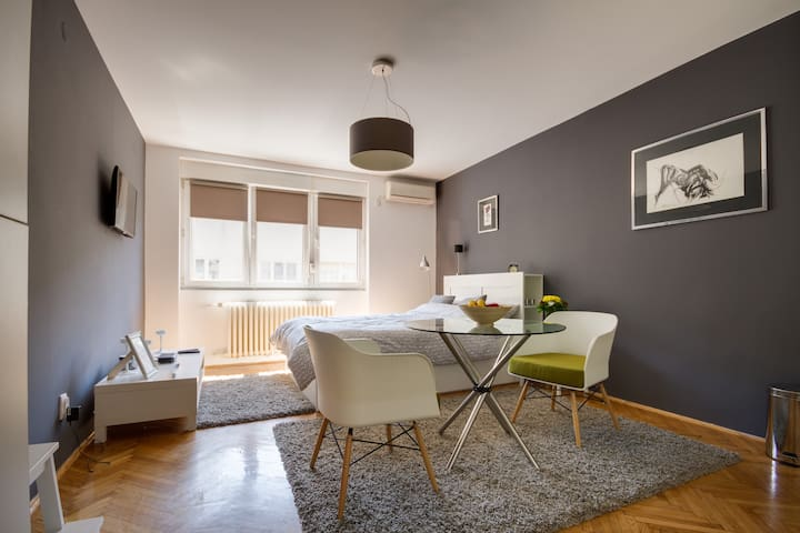 NEW & COZY CENTER APARTMENT - Belgrad - Apartament