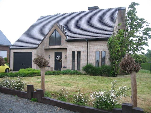 La gallina van de Vlaamse Ardennen - Geraardsbergen - Huis