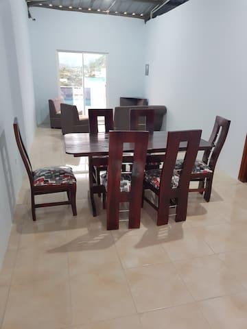 habitaciones y departamento disponibles 0986457091