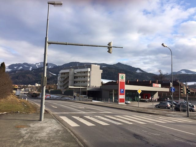 Calm and modern Living in Leoben - Leoben