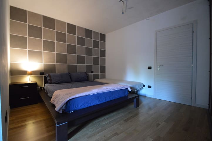 Room in quiet rustic in the green area. - Lonato del Garda