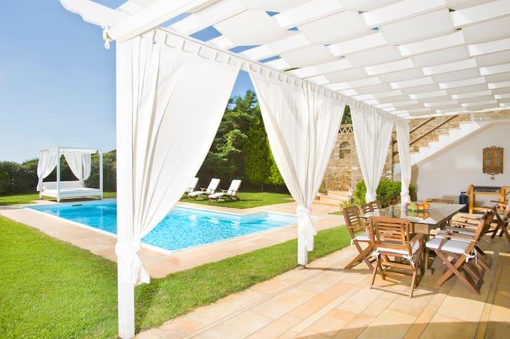 Luxury Holiday Villas in Andros, Gr - Kato Fellos - Villa