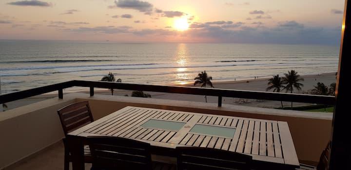 ♦Frente Playa ♦Extraordinaria Vista al mar ♦Seguro