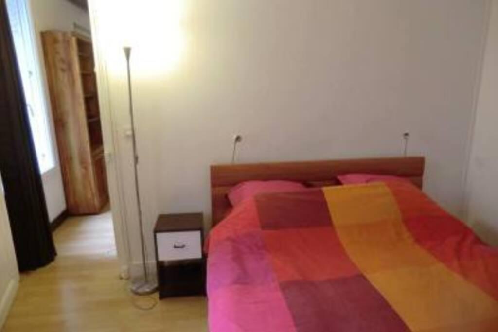 Chambre lit-double