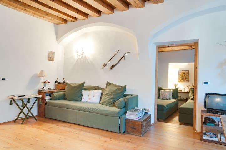 Romantic apartment  up to Dolomites - Bressanone - Apartamento