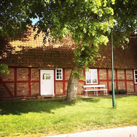 Charmante Wohnung am Saaler Bodden - Saal, Ortsteil Hessenburg - Huis