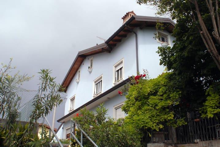 facciata della casa
