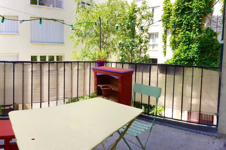 Room with terrace in beautiful flat - Paris 10