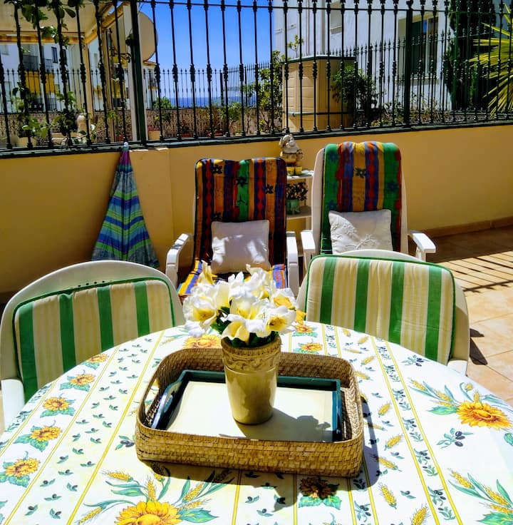 Bonito Piso & Terraza 60m2. Playa a unos 2 minutos