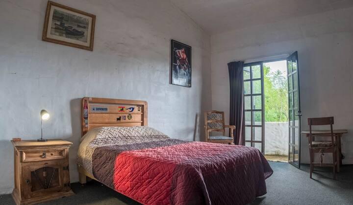 Casa Laura balcony room