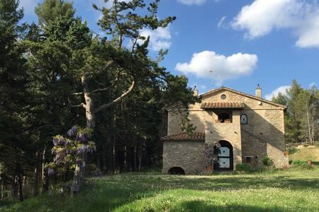 Landhaus mit Pool in Nord-Umbrien Grenze Toskana - Citta di Castello - Nyaraló