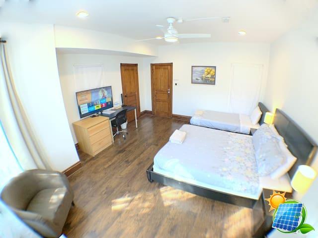 Xenial room in Spruce Hill-near PENN, CHOP, HUP❤️