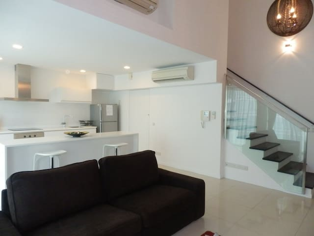 Serviced Modern Loft Apartment - One North(ONR)