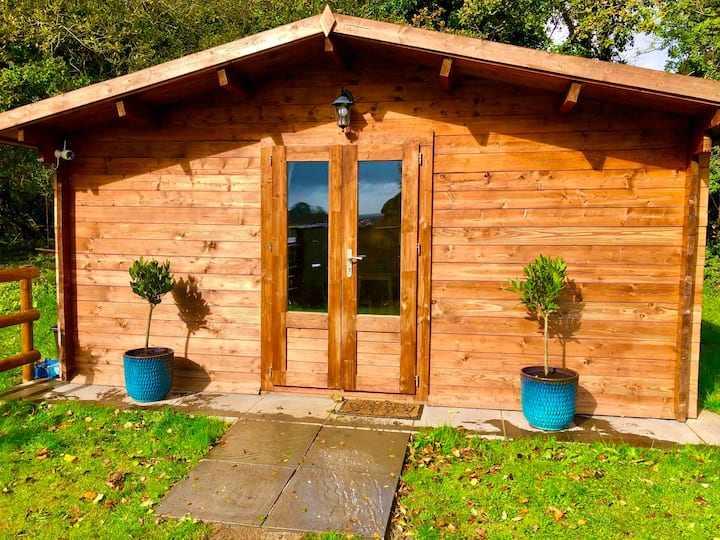 Autumn Lodge is hidden away in a woodland