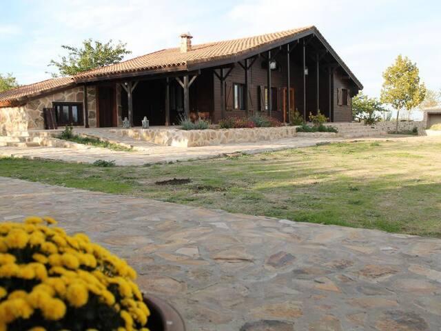 Los Castillos Turismo en la Naturaleza - Mascaraque - Přírodní / eko chata