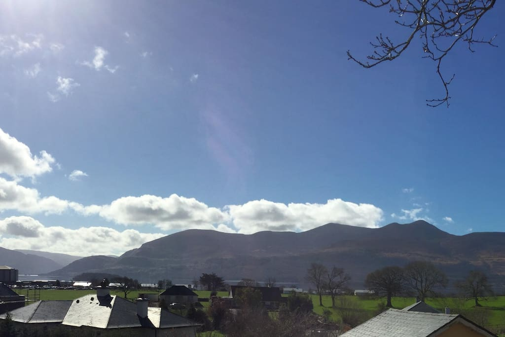 Amazing views of the Killarney Lake & Ring of Kerry Mountains.