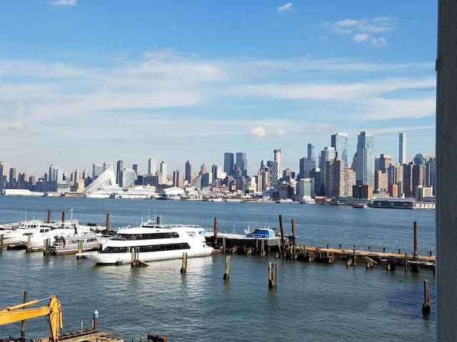 BREATHTAKING NYC SKYLINE VIEWS ON THE HUDSON RIVER - Уихокена - Кондоминиум